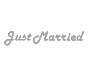 "Наклейка ""Just Married"" в стиле ретро"